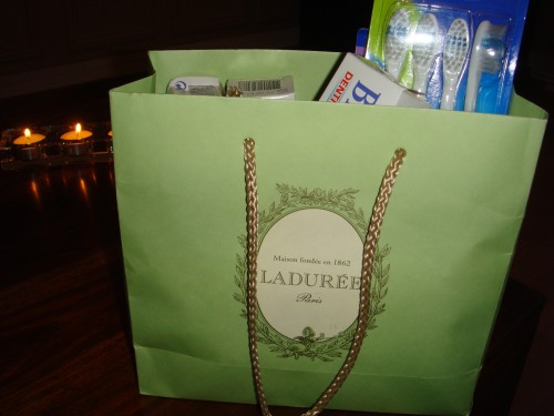 Ladurée brosses à dents.JPG