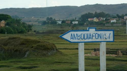 Ambodiafontsy.jpg